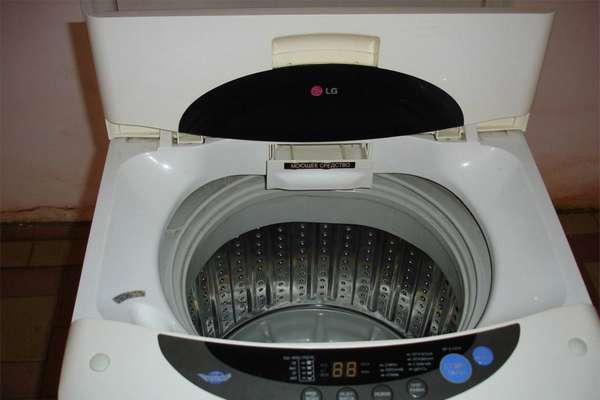 Вертикальное положение барабана стиральной машины