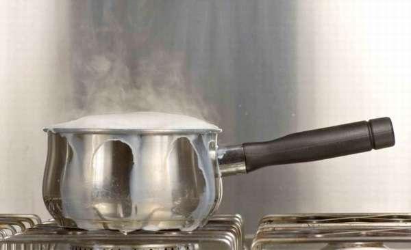 Как кипятить молоко: правила, рекомендации, советы
