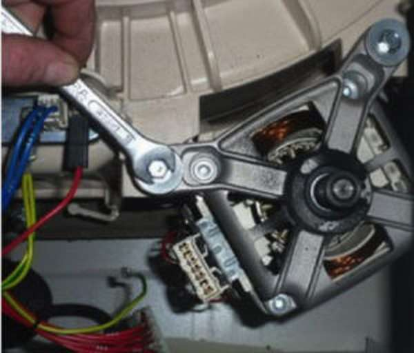 Щетки для электродвигателя стиральной машины – назначение и замена + Видео