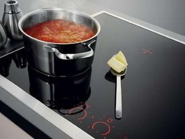 Чтобы комфорка работала, посуда должна заполнить 60-70% ее площади