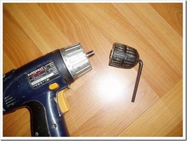 Как выкрутить патрон с шуруповерта