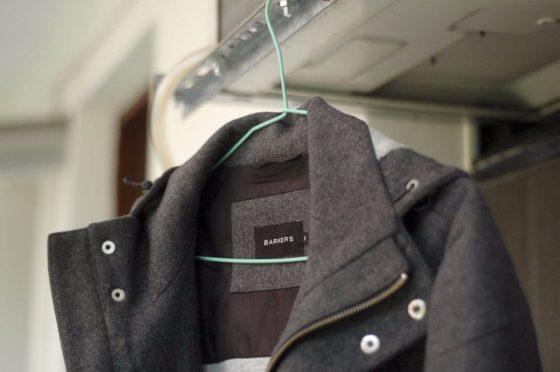 Стираем пальто в стиральной машине
