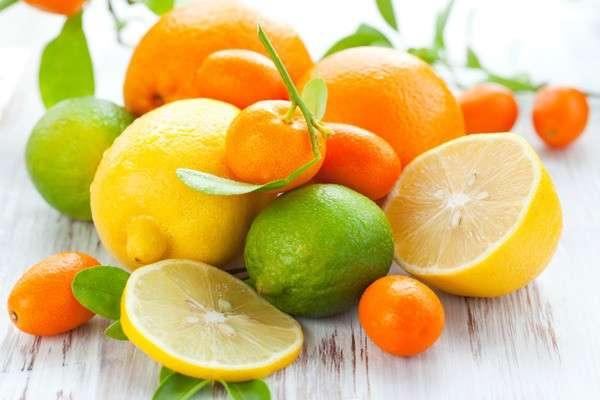 Лимон, апельсины и мандарины