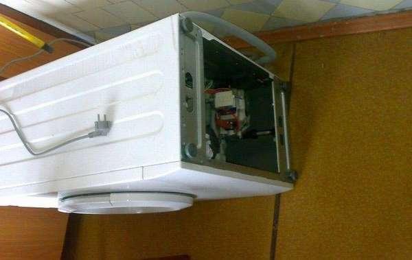 Замена помпы в стиральной машинке Whirpool