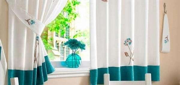 Как часто стирают шторы