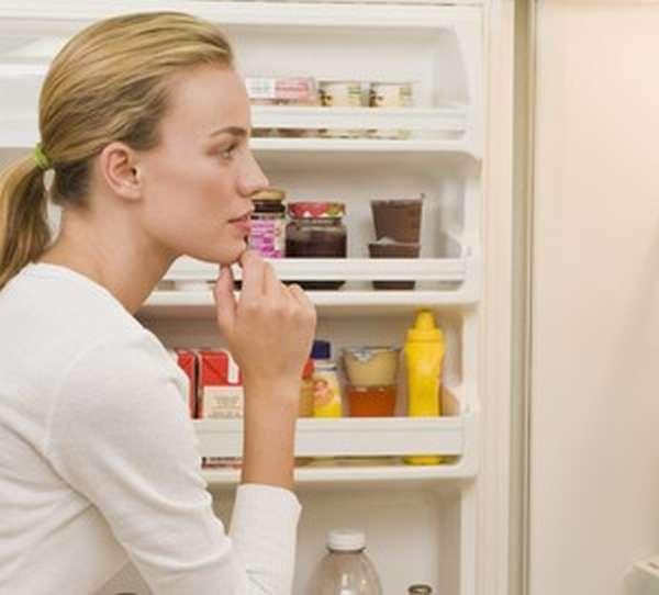 Причины постоянной работы холодильника