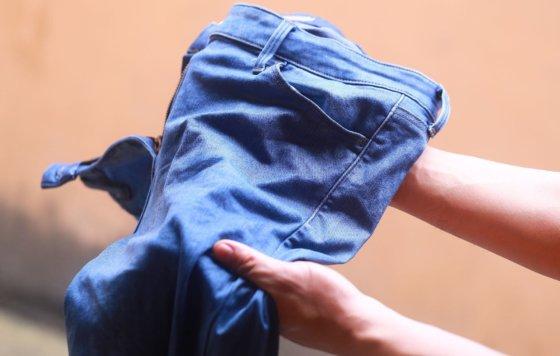 Секреты удаления пятен крови с джинсов