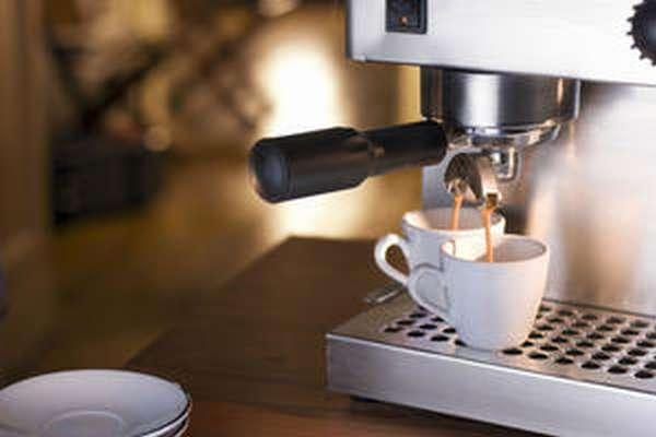 Рожковая кофеварка: преимущества и недостатки