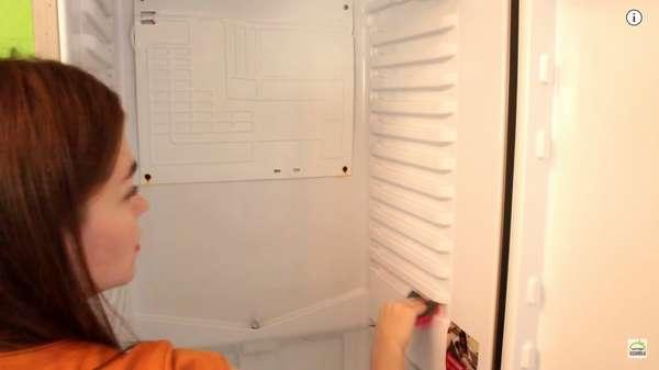 Генеральная уборка холодильника это совокупность мелких действий.