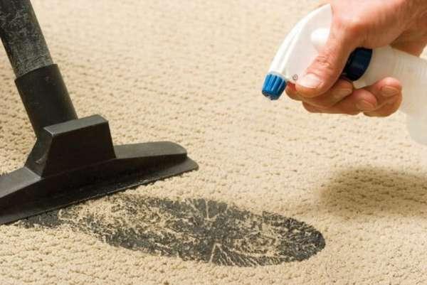 Как отстирать ковролин своими руками от пятен и грязи?