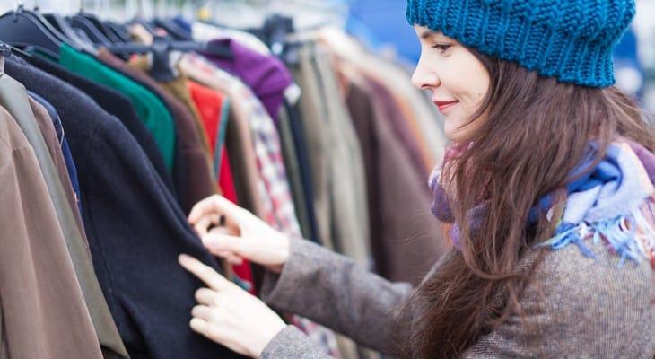 Есть несколько эффективных методов очистки одежды от вони.