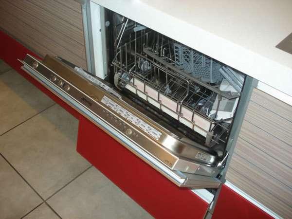 встраиваемые посудомоечные машины 60 см SMEG