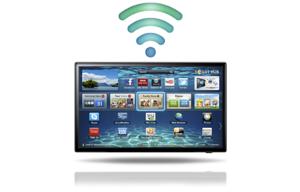 Если в телевизоре есть встроенный WI-FI, можно подключить смартфон без проводов