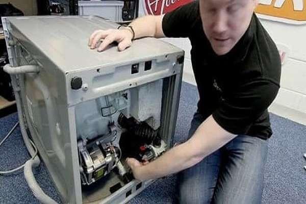 Замена сливного шланга в стиральных машинах