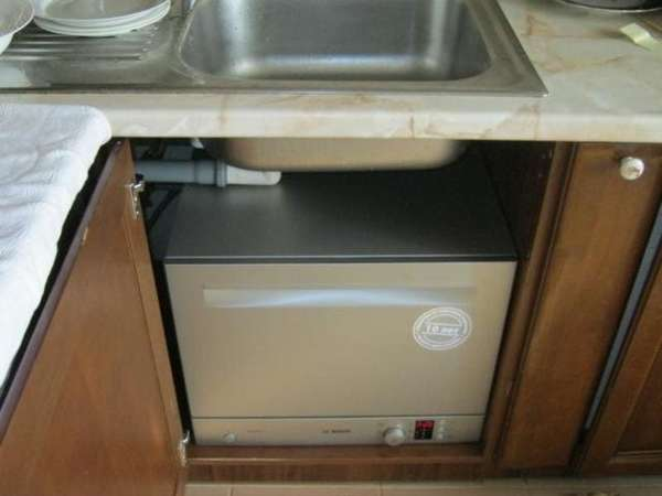 Обзор посудомоечных машин под раковину