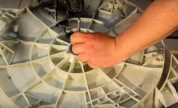 Выбивание подшипника стиральной машины