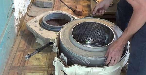 Как разобрать бак стиральной машины Атлант