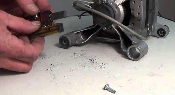 Замена щеток электродвигателя стиральной машины