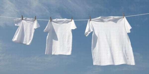 Чем вывести желтизну и пятна пота с белого белья и одежды