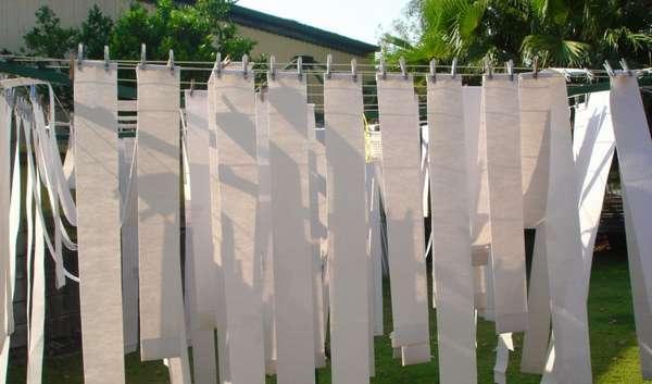 Как правильно стирать тканевые жалюзи в домашних условиях